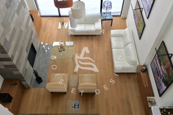plancher-bois-sur-mesure-long-large-laurentides-akira-logoAC384FA8-403E-3E11-DE24-59988ADAD63F.jpg