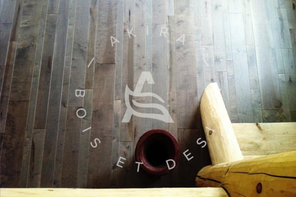 plancher-sur-mesure-laurentides-erable-alternance-largeur-huile-akira-logo101A7AC5-4F13-126E-31B7-E8718FF45418.jpg