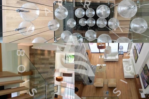 escalier-design-sur-mesure-chene-blanc-limon-acier-rampe-rainure-verre-akira-logo-25C493624-DEFE-81F1-5F80-7430B45A7C7F.jpg
