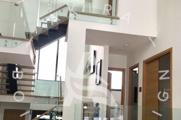 escalier-design-sur-mesure-laurentides-chene-blanc-limon-acier-rampe-en-verre-akira-logo-11948CC7E-3903-1C16-CA65-574A2733CE8A.jpg