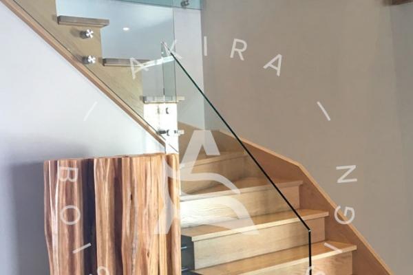 escalier-sur-mesure-design-akira-bois-rampe-verre-logo9EDA9F4B-8AF2-A7C8-50B9-37609A9F9953.jpg