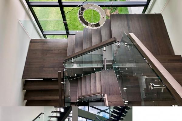 escalier-sur-mesure-limon-central-acier-noir-double-joint-mecanique-marche-rampe-bois-garde-corps-verre-etage-akira-logo-5322E2491-45C9-398D-5617-88C28EDD4079.jpg